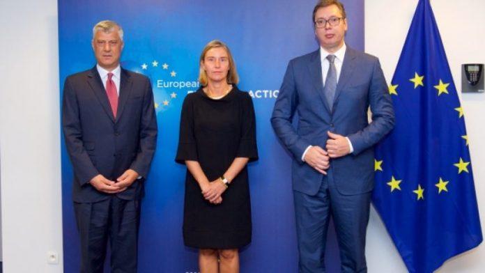 Mogherini pret nga Thaçi dhe Vuçiq marrëveshjen përfundimtare