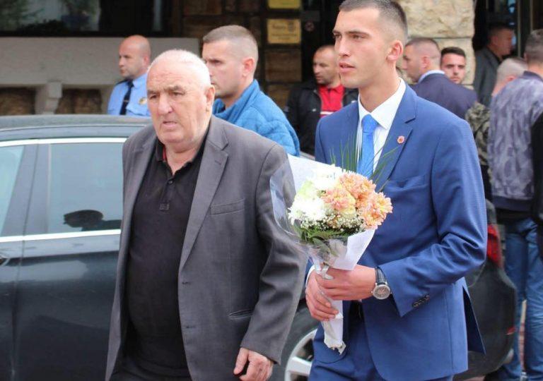 Nipi Luan Haradinaj ndan dhimbjen me rastin e vdekjes së gjyshit Hilmiut